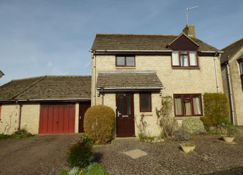 Thumbnail 3 bed detached house to rent in The Spinney, Lechlade