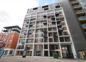 Thumbnail 1 bedroom flat to rent in Sutton Court Road, Sutton
