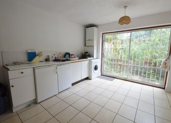 Thumbnail 2 bed flat to rent in Amersham Road, London