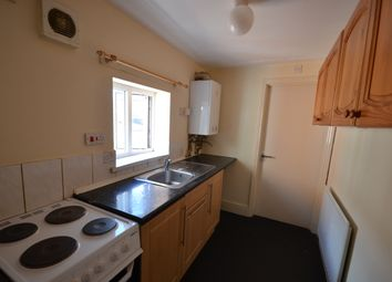 Thumbnail 1 bed flat to rent in Woodland Road, Leicester
