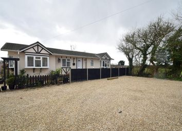 Thumbnail 2 bedroom mobile/park home for sale in Crouch Lane, Windsor