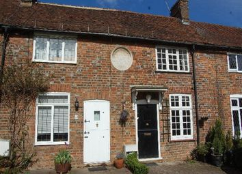 Thumbnail 2 bed property to rent in West Common, Harpenden