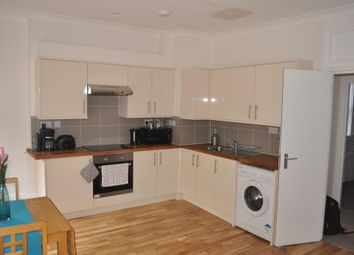 Thumbnail 1 bed flat to rent in City Road, Angel