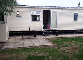 4 bed mobile/park home for sale in Marine Drive, Burnham-On-Sea TA8