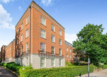 Thumbnail 1 bed flat for sale in Peel Court, College Way, Welwyn Garden City, Hertfordshire