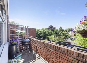 3 bed flat for sale in Albion Road, Sutton SM2
