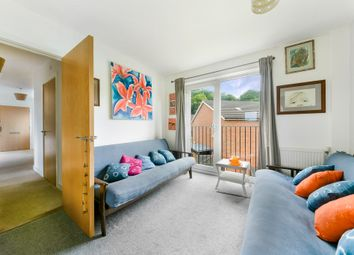 Trasher Mead, Dorking RH4. 1 bed flat
