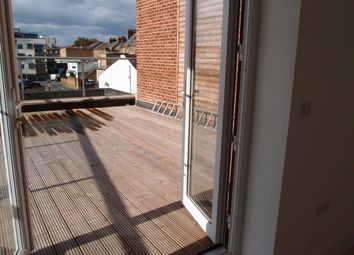Thumbnail 2 bedroom flat to rent in Richmond Avenue, Southend-On-Sea