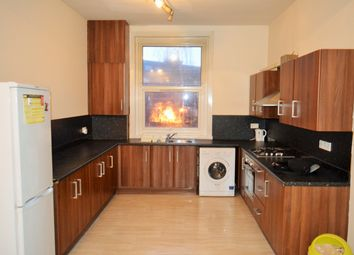 Thumbnail 3 bed flat to rent in Roman Road, Bethnal Green, East London