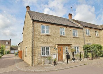 Thumbnail 4 bed semi-detached house for sale in Northfield Farm Lane, Witney