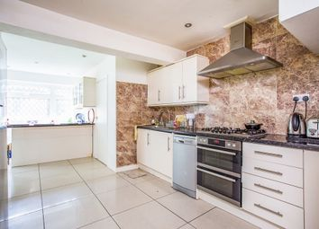 Thumbnail 5 bed detached house to rent in Newlands Road, Woodford Green
