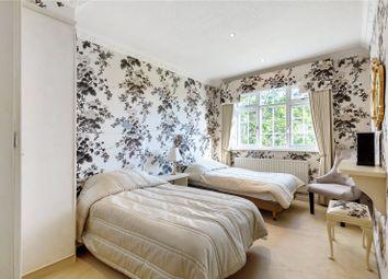 Sandmoor Green, Alwoodley, Leeds, West Yorkshire LS17