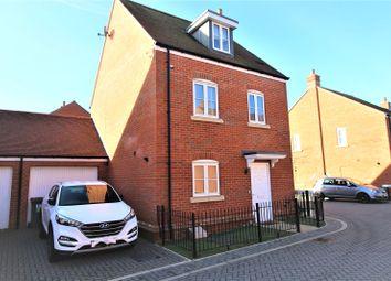 3 bed link-detached house for sale in Acland Street, Wellesley, Aldershot, Hampshire GU11