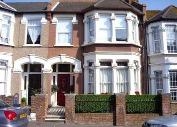 Thumbnail 2 bedroom flat to rent in Westcliff Avenue, Westcliff-On-Sea