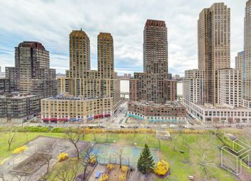 Thumbnail 1 bed apartment for sale in 185 West End Avenue 17R, New York, New York, United States Of America
