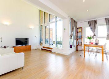 Thumbnail 2 bedroom flat to rent in Victoria Way, Woking