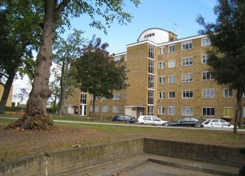 Thumbnail 5 bed flat to rent in Hayward Gardens, London