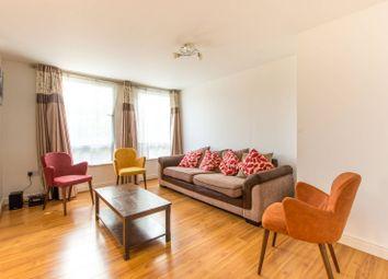 Crown Close, Wood Green N22, Wood Green, London,. 3 bed flat