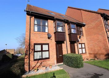 Thumbnail 1 bed maisonette to rent in Chapelmount Road, Woodford Bridge, Essex