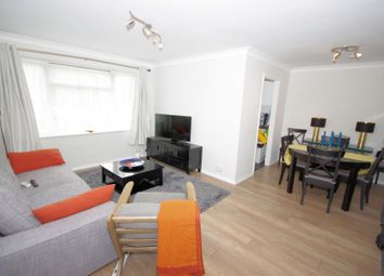 Thumbnail 2 bed flat to rent in Lyonsdown Road, Barnet