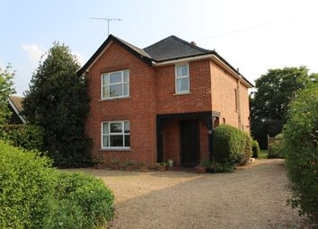 Thumbnail 3 bed detached house to rent in Matthewsgreen Road, Wokingham
