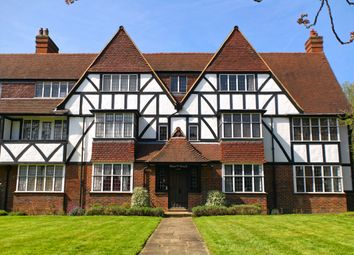 3 bed property for sale in Chester Court, Monks Drive, West Acton W3