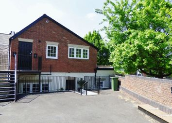 Thumbnail 1 bed flat to rent in Gravel Hill, Leatherhead