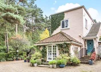 Thumbnail 3 bed cottage to rent in London Road, Sunningdale, Ascot