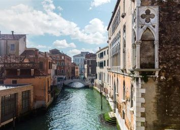 Thumbnail 1 bed apartment for sale in Varoter (The Leather Worker), Palazzo Vendramin, Venice, 3100