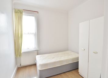 Thumbnail Room to rent in East Barnet Road, East Barnet