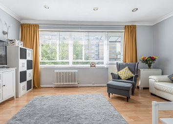 3 bed maisonette for sale in Churchill Gardens, London SW1V