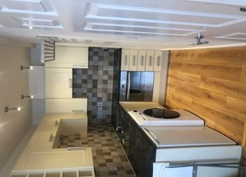 Thumbnail 1 bed flat to rent in Victoria Park Road, Exeter