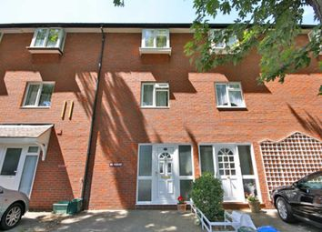 Thumbnail 5 bedroom property to rent in Fishers Lane, London