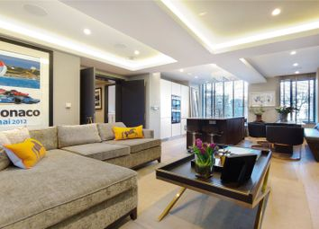 Cotswold Mews, London SW11. 2 bed flat for sale