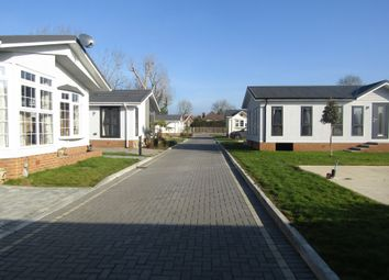 Thumbnail 2 bedroom property for sale in Bray, Berkshire