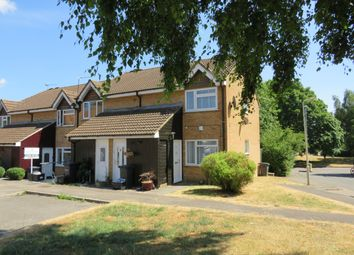 Thumbnail 1 bedroom maisonette to rent in Shanklin Close, Cheshunt, Waltham Cross