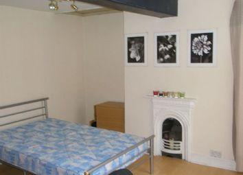 Thumbnail 5 bedroom flat to rent in Heathcoat Street, Nottingham