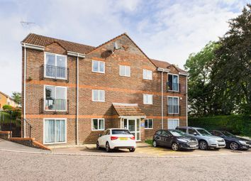Castleview Gardens, High Wycombe, Buckinghamshire HP12. 2 bed flat