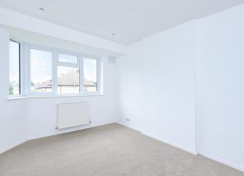 Thumbnail 2 bedroom maisonette to rent in Station Close, Finchley