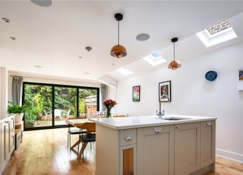 3 bed property for sale in Lichfield Road, Bow, London E3
