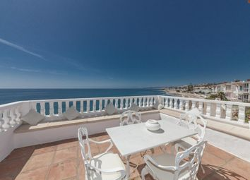 Thumbnail 3 bed villa for sale in Spain, Málaga, Estepona, Bahía Dorada