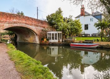 Thumbnail 4 bed detached house for sale in Colt Hill, Odiham, Hook