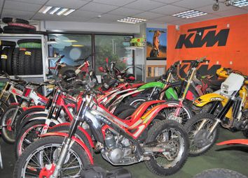 Thumbnail Property for sale in Vehicle Sales And Hire HD6, West Yorkshire