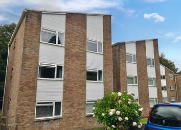 2 bed flat to rent in Woodside Court, Llanishen, Cardiff CF14
