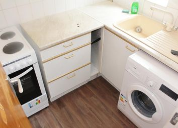 Thumbnail 1 bed terraced house to rent in Hawthorn Close, Hounslow