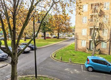 Thumbnail 2 bed flat to rent in Beresford House, Kingswood Estate London