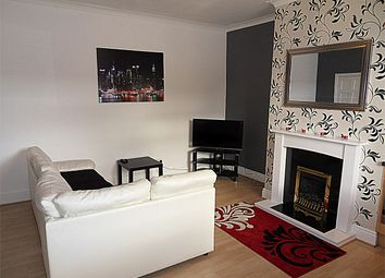 Thumbnail 2 bed detached house to rent in Shill Bank Lane, Mirfield, West Yorkshire