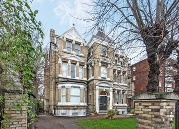Thumbnail 2 bed flat to rent in Keswick Road, Putney, London