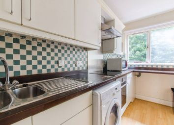 4 bed terraced house to rent in Admirals Place, Rotherhithe, London SE165Ny SE16