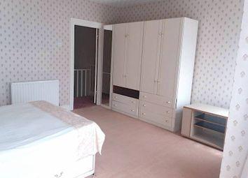 Room to rent in Heath Road, Hounslow TW3,